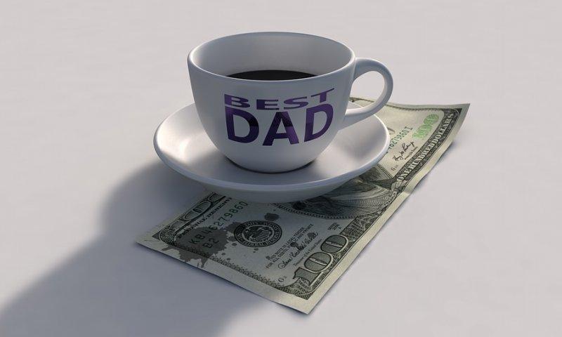 Regalos financieros para papá y mamá