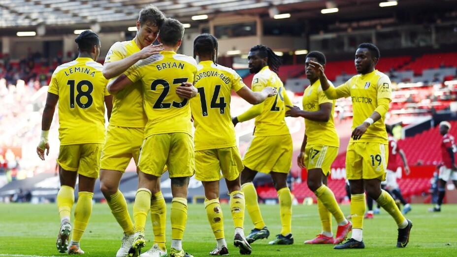 Fulham celebra un gol en Premier League