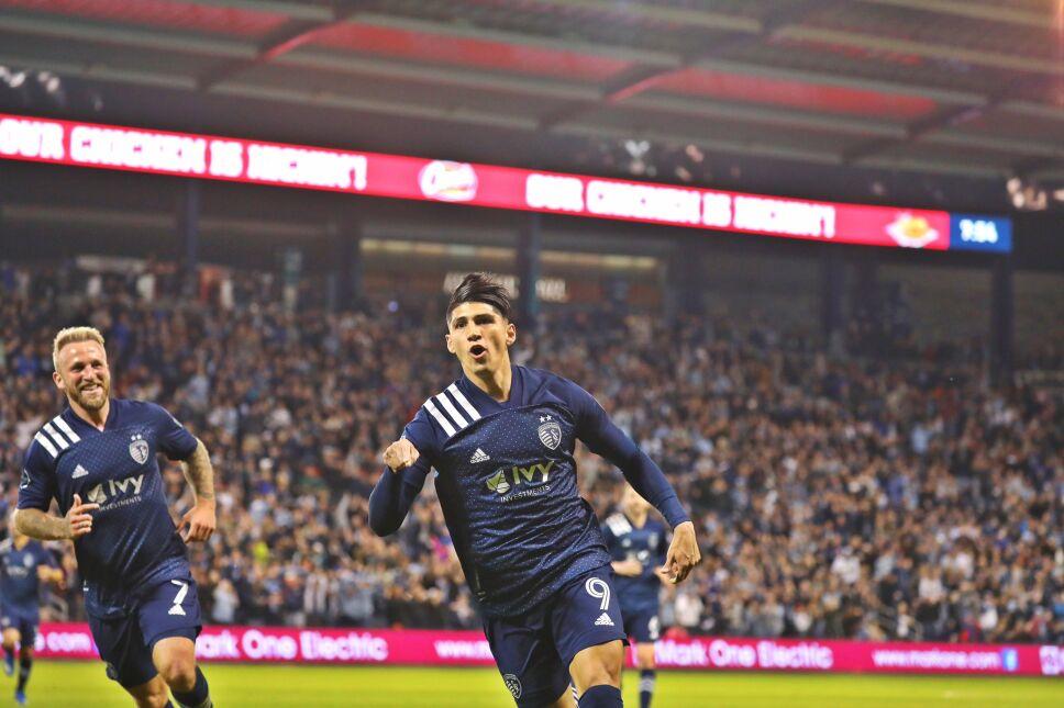 Alan Pulido MLS Sporting Kansas City