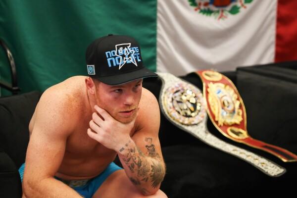 Saúl Canelo Álvarez boxeador Rey Martínez