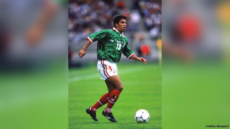 7 futbolistas con más partidos en la Selección Mexicana pável pardo.jpg