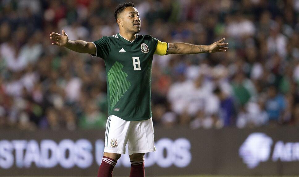 ¡Marco Fabián llegó a México para firmar con su nuevo equipo!
