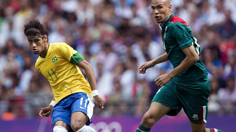 Neymar no pudo con 'Chatón Enríquez