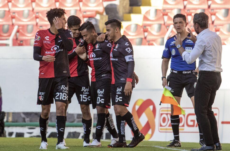 Atlas derrotó 2-0 a F.C. Juárez en el Estadio Jalisco
