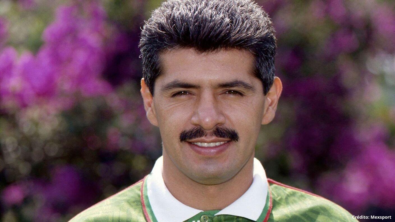 6 futbolistas mexicanos en España delanteros.jpg