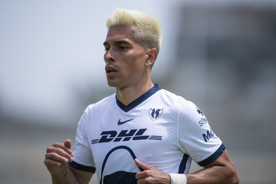 Favio Álvarez, jugador de Pumas