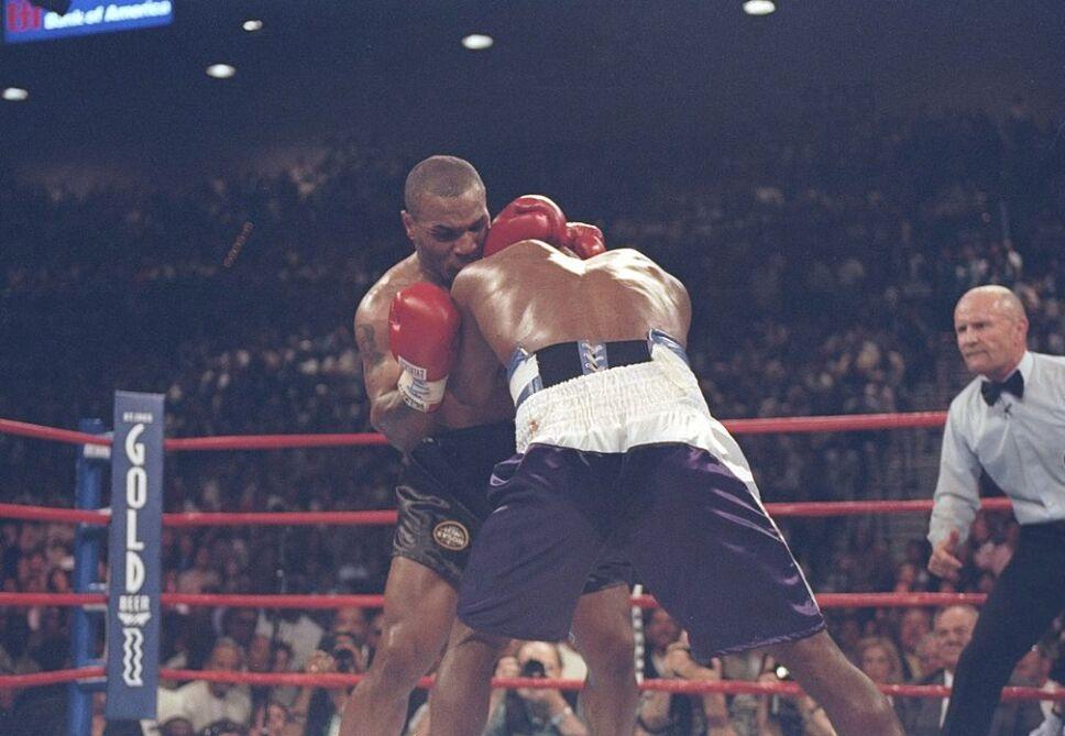 Mike Tyson tuvo una guerra encarnizada con Evander Holyfield
