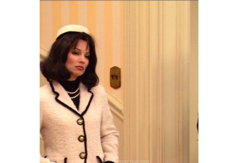 Chanel y un estilo que recuerda a Jackie Kennedy.