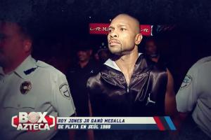 Mike Tyson vs Roy Jones Jr.