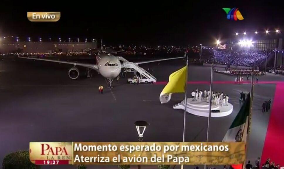 papa llega a mexico