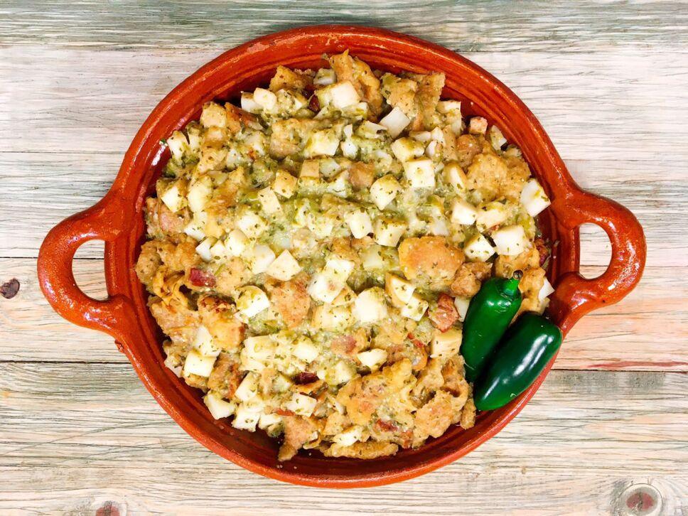 chicharrón en salsa verde, receta, cocineros mexicanos, tv azteca
