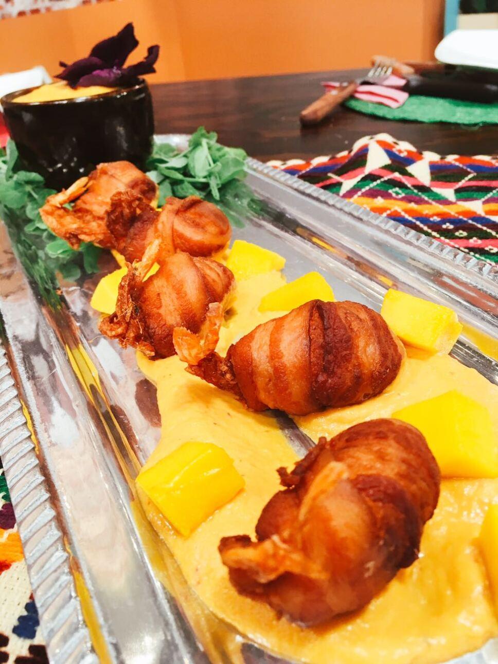 Camarones con tocino en salsa de mango, Cocineros Mexicanos