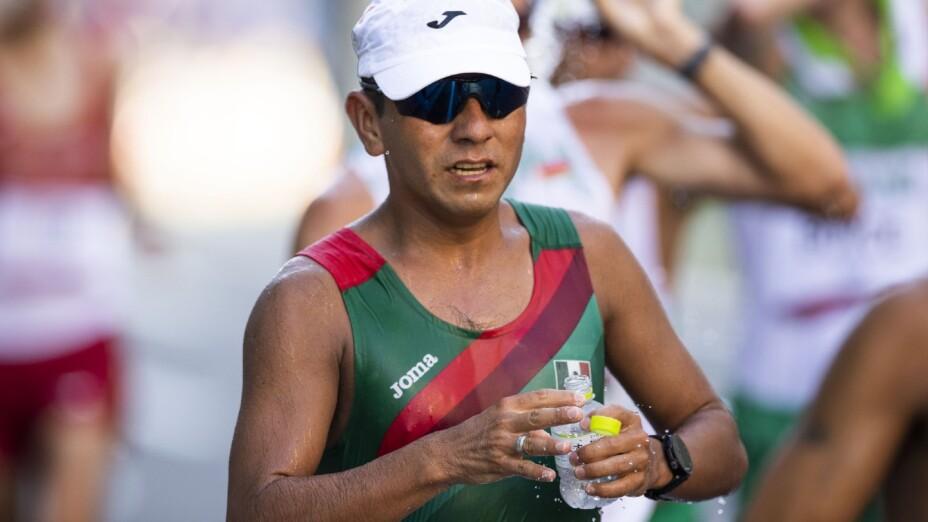 José Leyver participó en marcha en Tokyo 2020