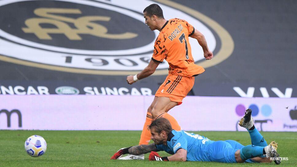 Cristiano Ronaldo anota dos goles