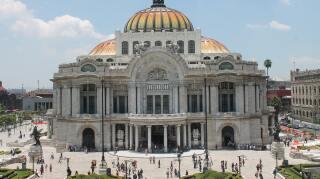 Semáforo rojo Ciudad de México.jpg