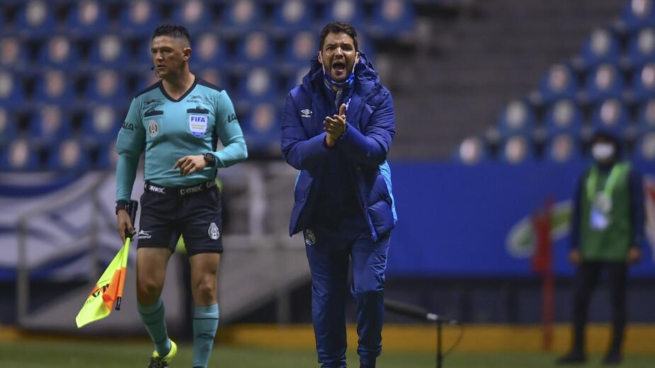 Nicolás Lárcamon entrenador del Puebla