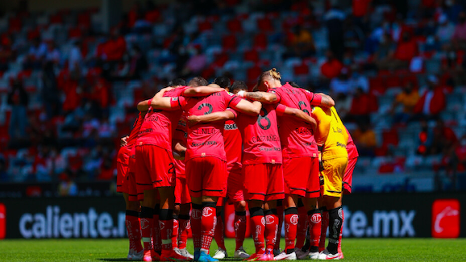 Toluca derrota a Tigres