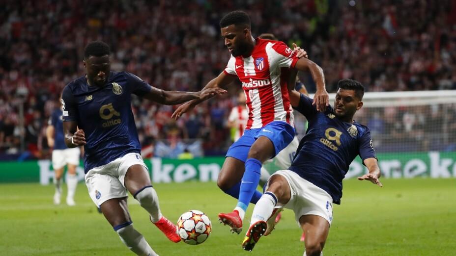 Tecatito Corona Atlético de Madrid vs Porto