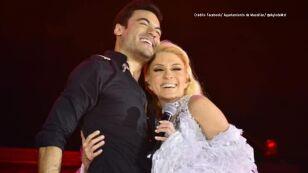 Yuri y Carlos Rivera hacen un dueto inesperado en el Carnaval de Mazatlán y dejan al público sorprendido.