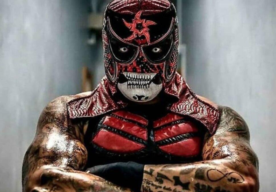 Luchadores de AAA Fénix Pentagón Jr.