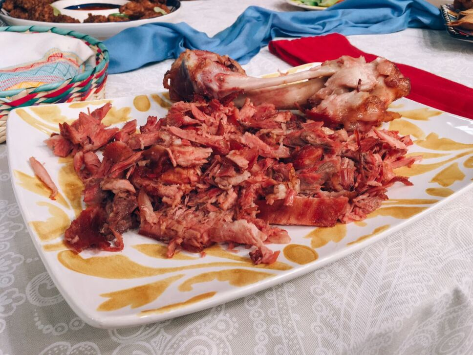 carnitas de cerdo, cocineros mexicanos, tv azteca