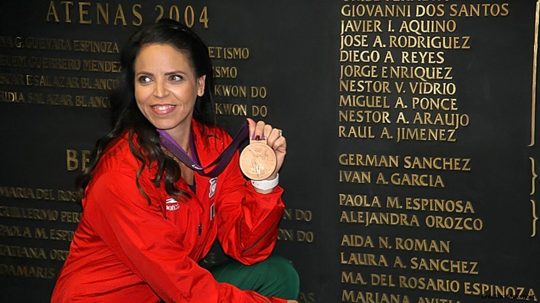 15 medallistas olímpicos mexicanos Londres 2012.jpg