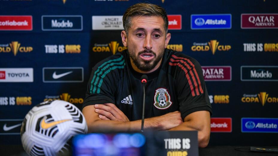 Héctor Herrera en conferencia de prensa