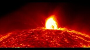 Tormenta solar vuelve amenazar la Tierra. Podría destruir la tecnología y todos los satélites.