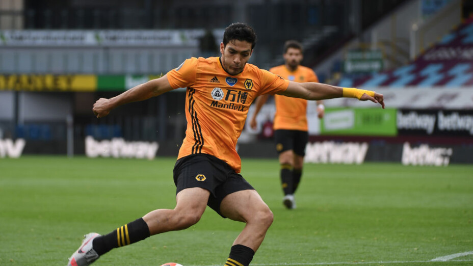 El golazo de Raúl Jiménez ante el Burnley en la Premier League