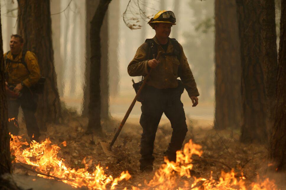 EL infierno del incendio Dixie se extiende en California.