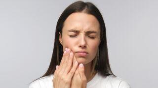 Hábitos que podrían destruir tu sonrisa y tus dientes