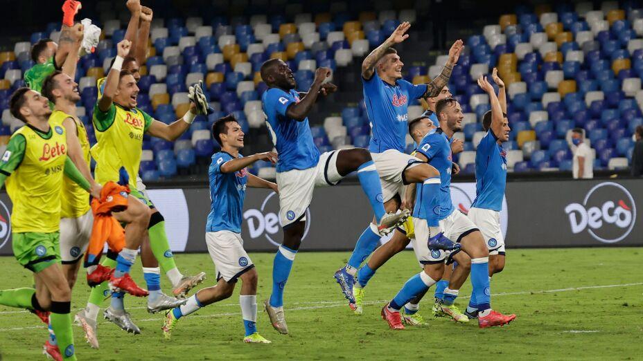 Serie A - Napoli v Cagliari