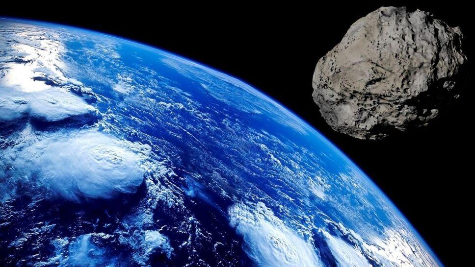 Asteroide, Tierra, noche B.jpg