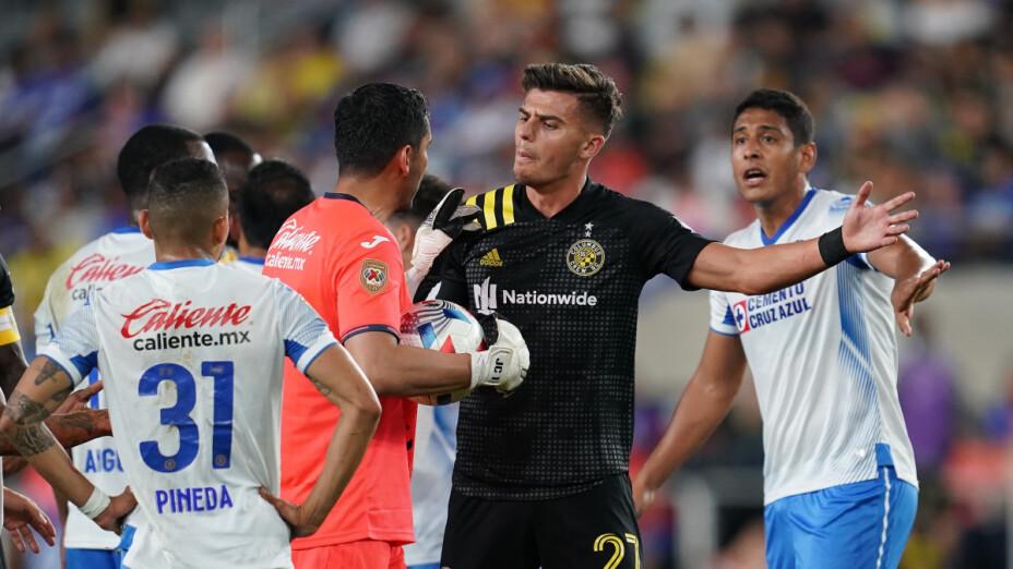 Cruz Azul pierde en la Campeones Cup.png