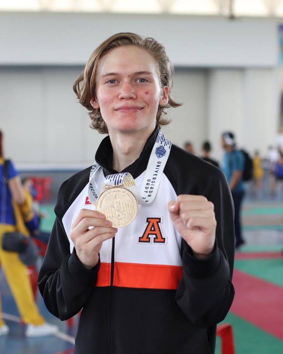 Alex Alpuche exatlon
