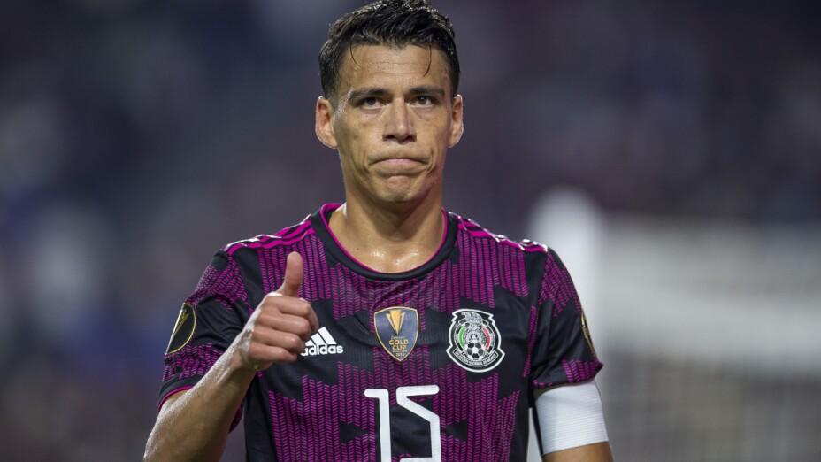 Héctor Moreno con México
