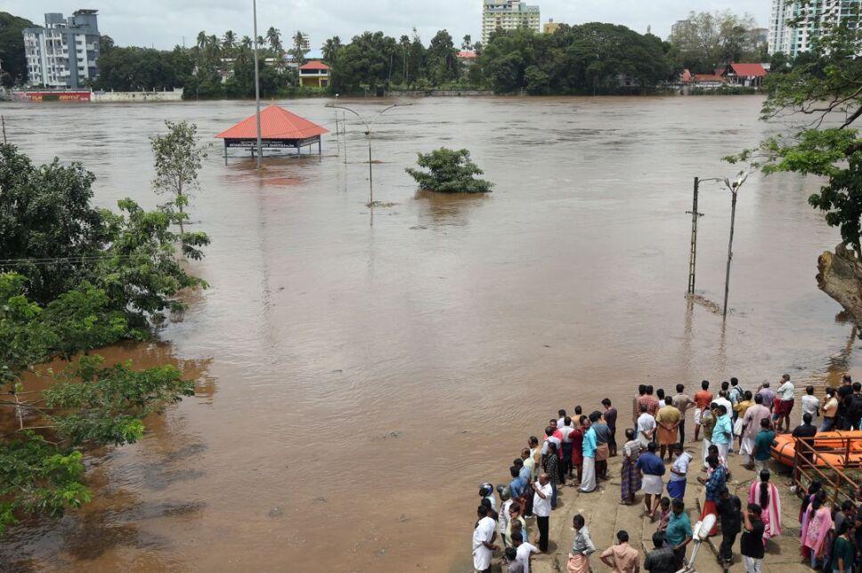 Una inundación es la ocupación por parte del agua de zonas que habitualmente están libres de esta