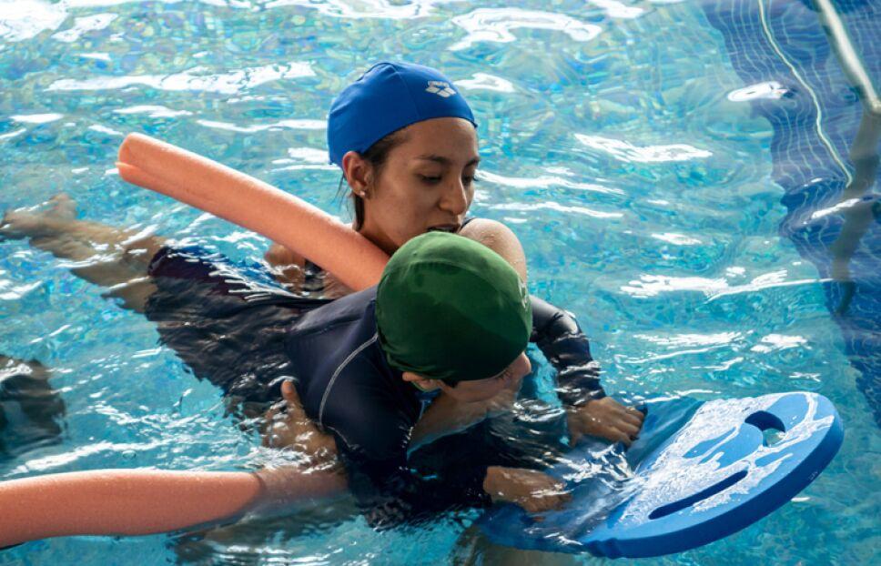 La ENES León atiende a niños con parálisis cerebral
