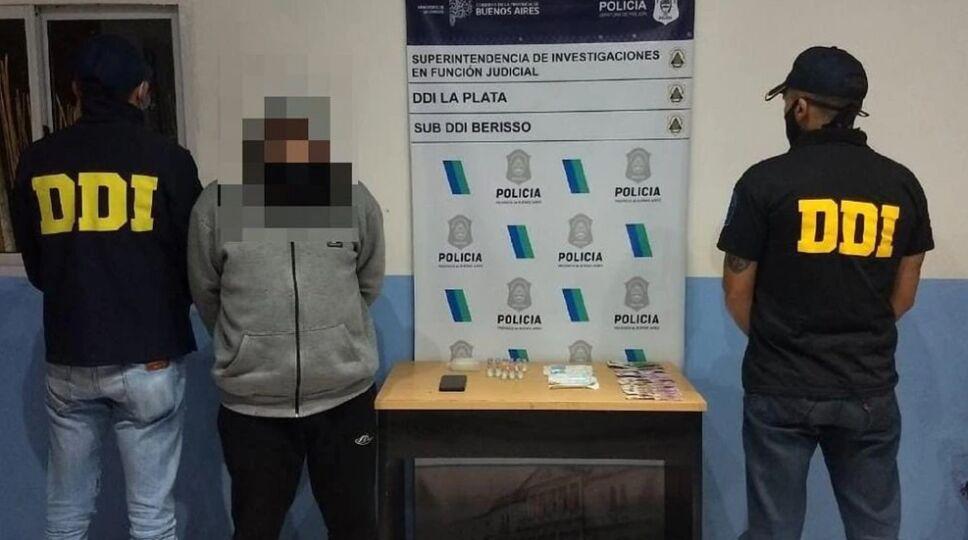 Leonardo Jorge Alvarado fue detenido por vender vacunas contra la COVID-19.