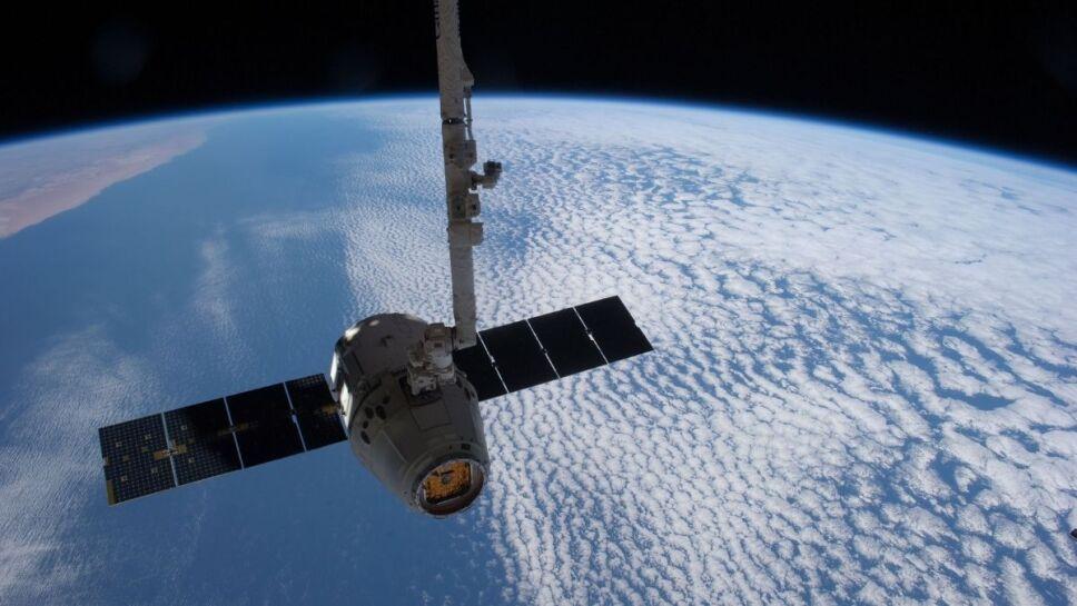 Basura espacial, satélites, órbita a.jpg