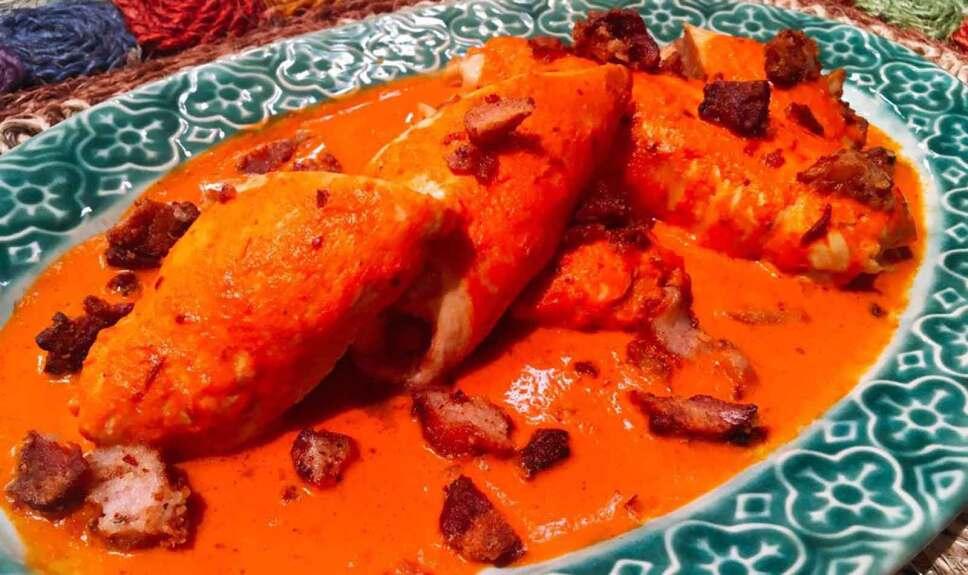 Receta Pechuga rellena de frijol enchipotlado Cocineros Mexicanos