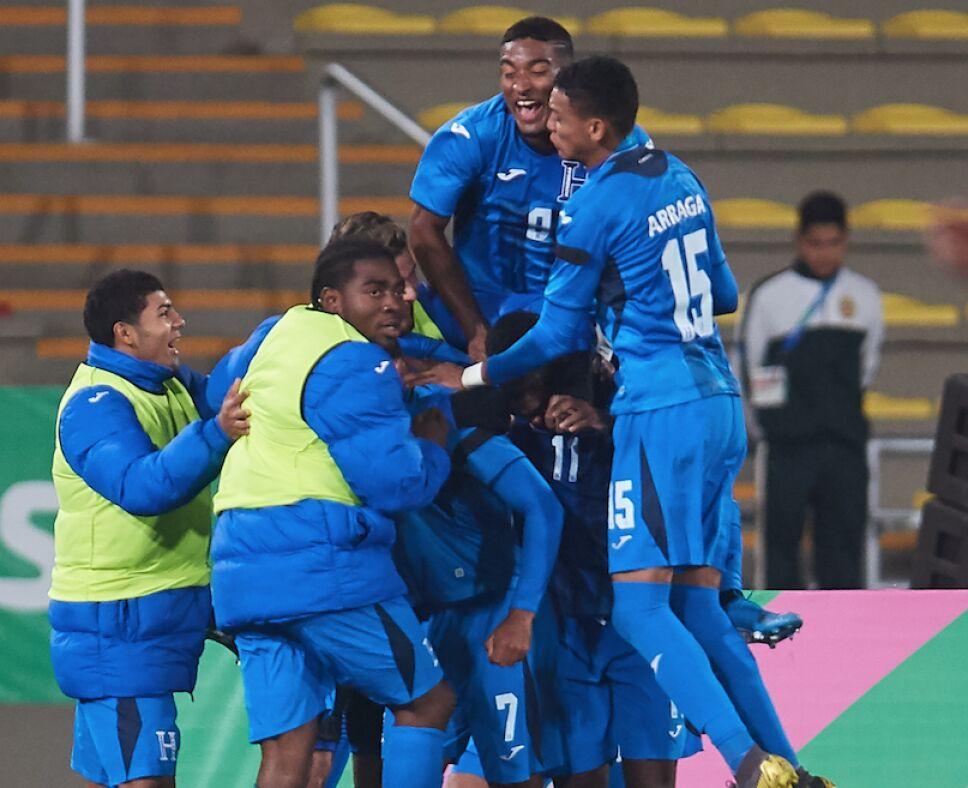 Honduras derrota a México