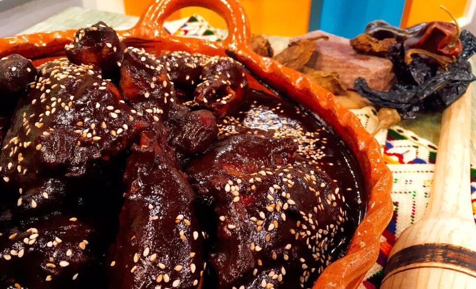 mole rojo, receta, recetas, cocineros mexicanos, tv azteca