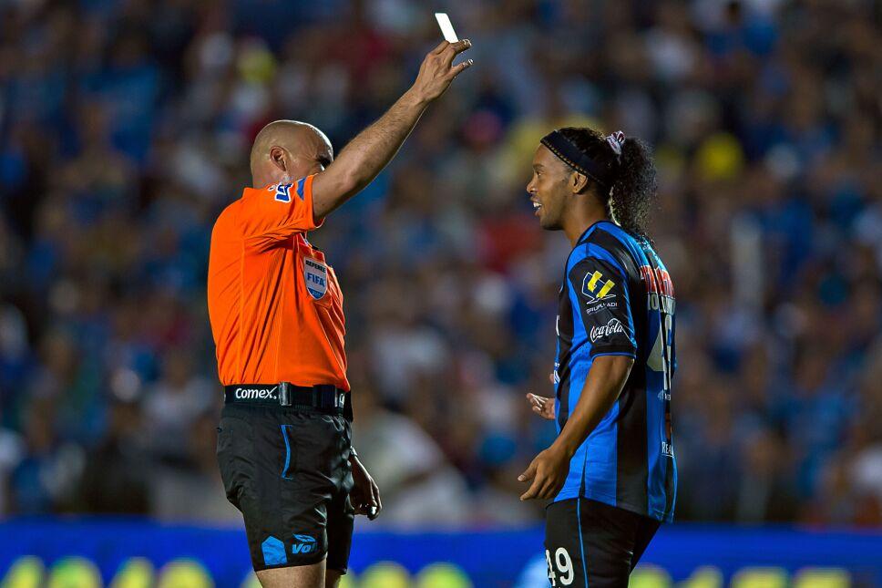 Ronaldinho en Gallos