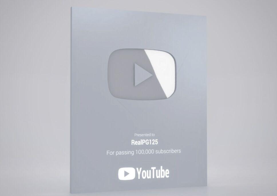Tomiii placa de youtube .jpg