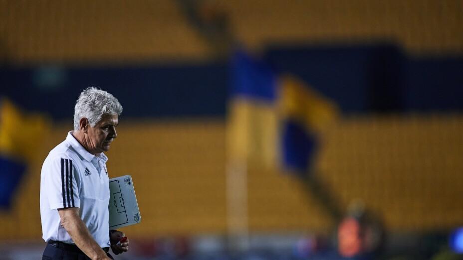 """Ricardo """"Tuca"""" Ferretti se iría de los Tigres"""