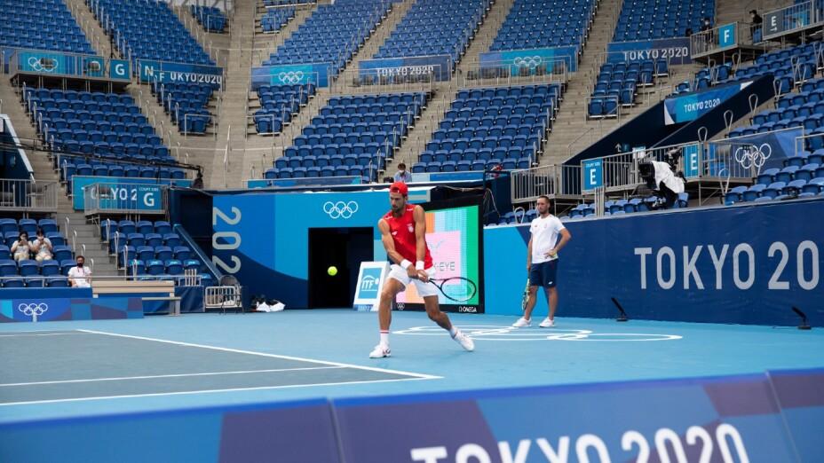 Djokovic entrena en Tokyo 2020