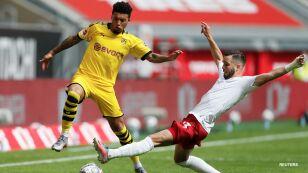 Dortmund saca el triunfo en tiempo de compensación