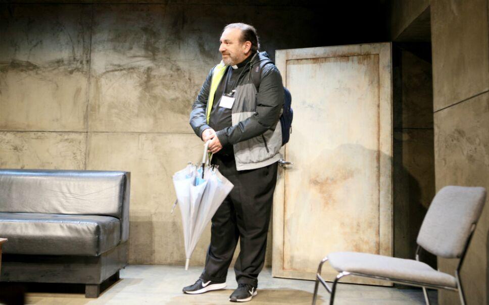 El actor Hernán Mendoza en el escenario Foto AMC
