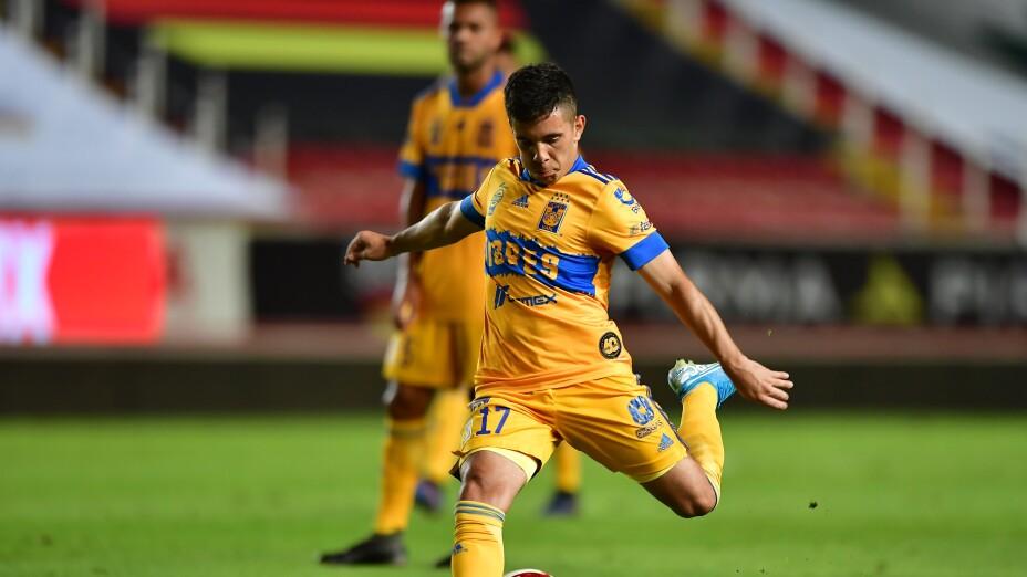 El golazo de Leo Fernández en el entrenamiento de Tigres UANL